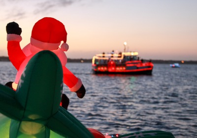 Must-Do Boat Parades for Holiday Season Fun